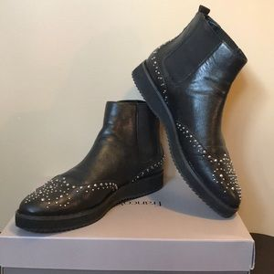 Michael kors Sophie Studded Ankle Boots